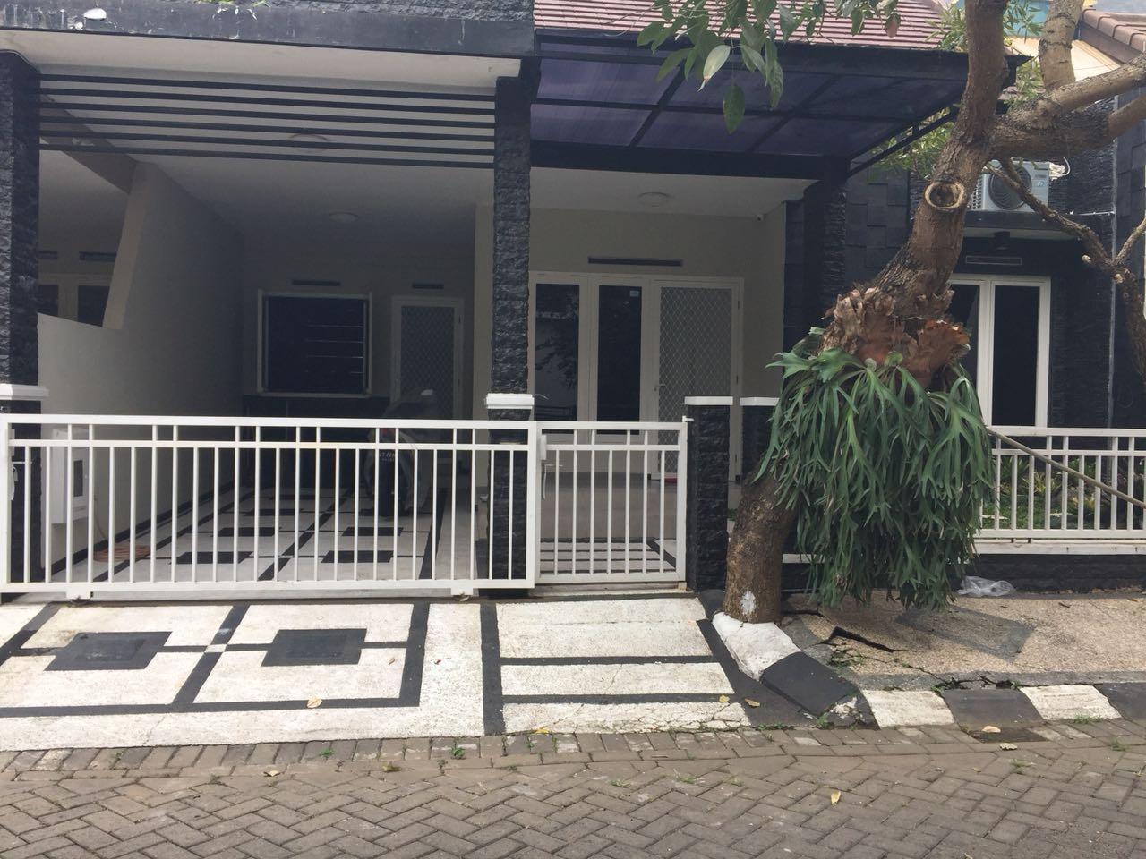 Rumah Dijual Lengkap Dengan Perabot Di Permata Jingga Sukarno